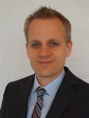 Dr Daniel Quadt